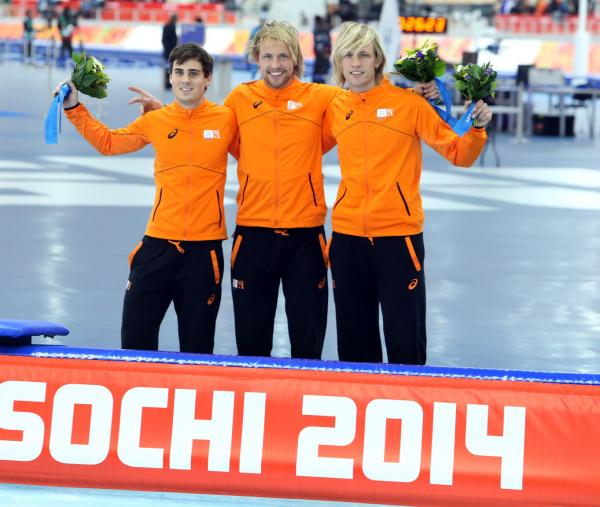 Gold-and-silver-winners-reverses-in-mens-speed-skating_st_th[1]